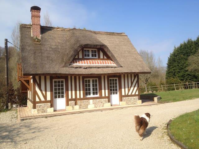 Chaumière Normande proche Deauville - Saint-Étienne-la-Thillaye - Dům