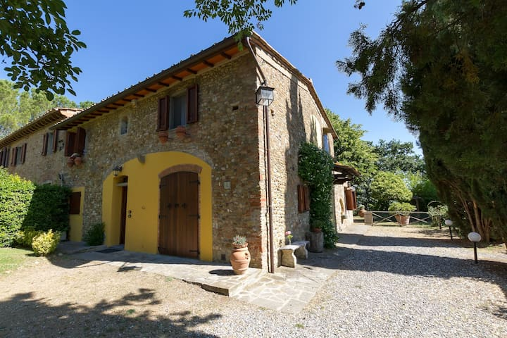Apartments in the heart of Tuscany - Montespertoli - Apartment