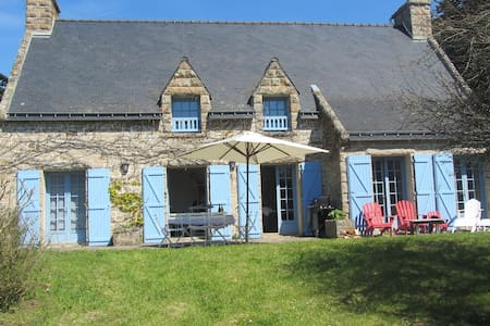 Plein sud, familiale, grand jardin, 10 pers, calme - Île-aux-Moines