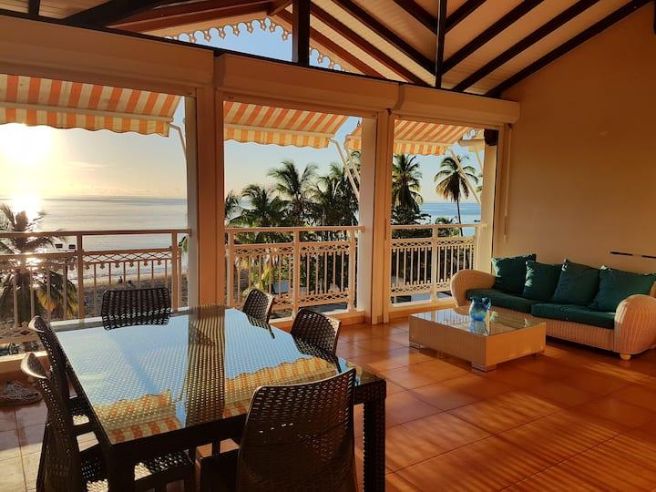 Gorgeous Sea View apartment - 6 people