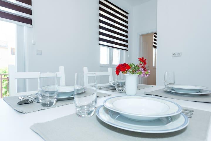 Apartment Škugor 2