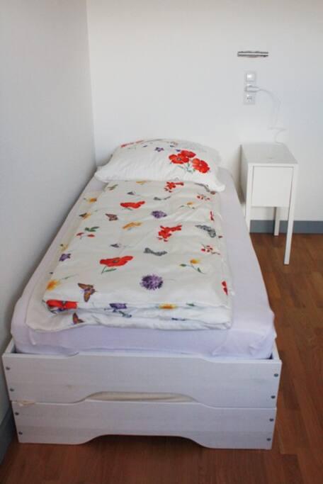 Stapelbett - kann in zwei Twin-Betten verwandelt werden