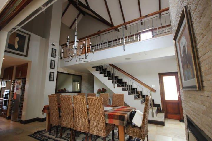 De Zalze Villa Stellenbosch - Stellenbosch - Villa