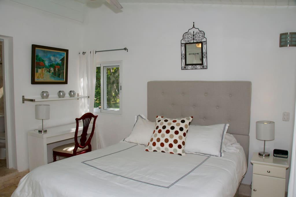 Studio 2 adults child w kitchenette casa de campo suite for Camera ospiti studio