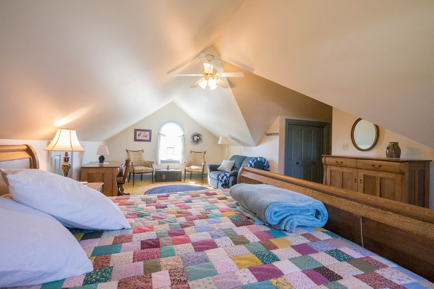 Hand made quilt on king sized bed.  Mini split Heat/AC in 2nd floor attic room.