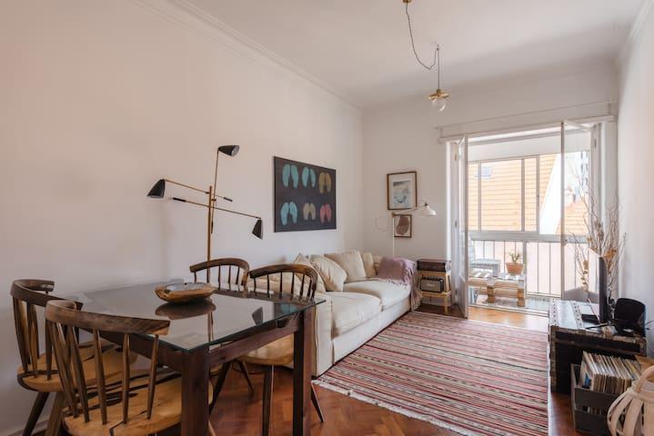Cozy Apartment in Lisbon- Largo do Rato