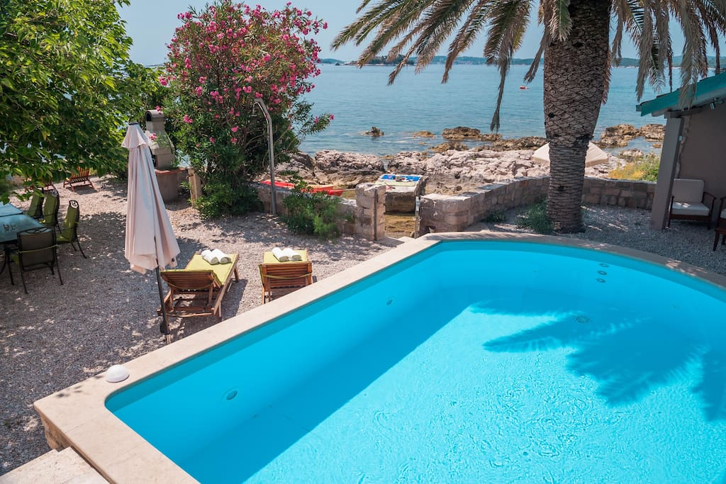 Luxury Seaside Villa Mare with pool in Orebic-Peljesac-Dalmatia-Croatia