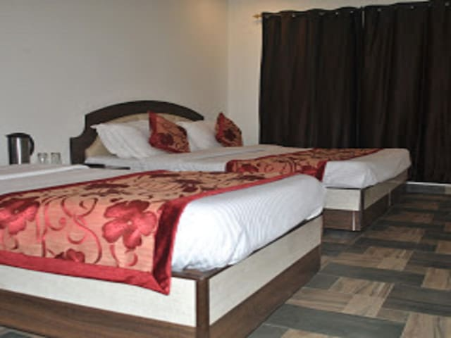Triple Bed AC Room with Banganga Pickup and Drop Hotel Maha Luxmi Palace