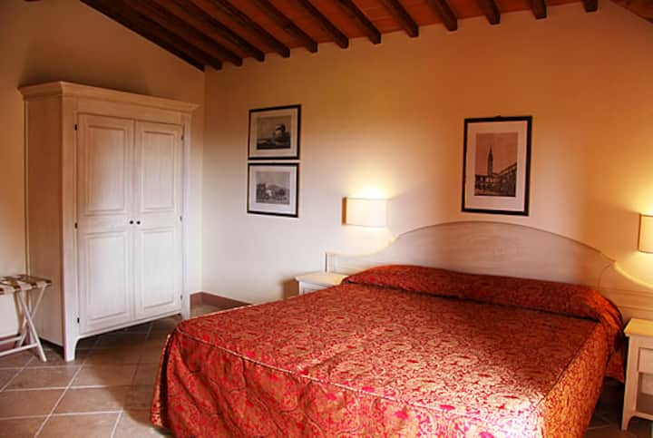 Superior double room - Fattorie Santo Pietro