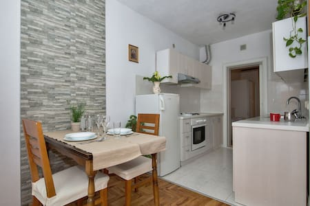 Cosy and modern apartment Mucrum - Makarska