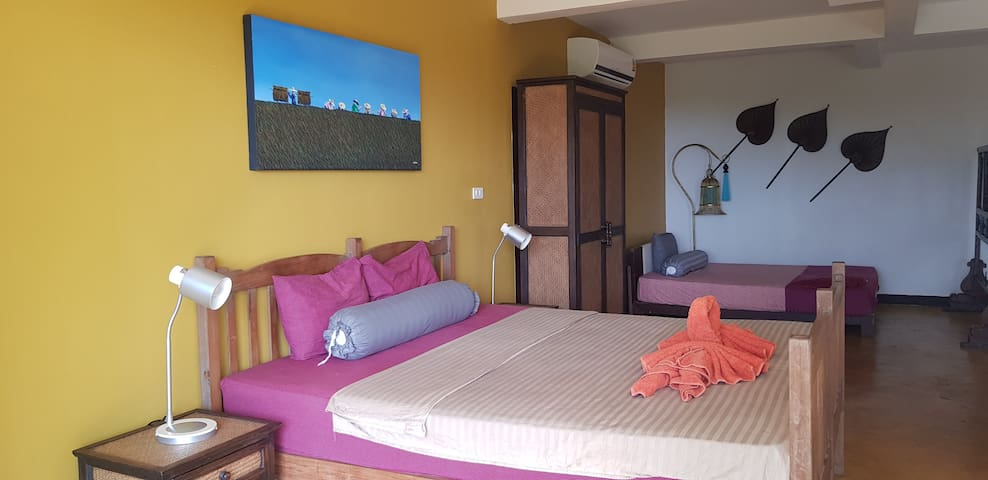 "Sea-view Apartment ""Koh Mak Suites"""