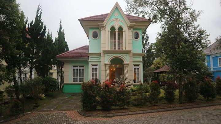Sabila Vila, Kota Bunga, Puncak, Cipanas