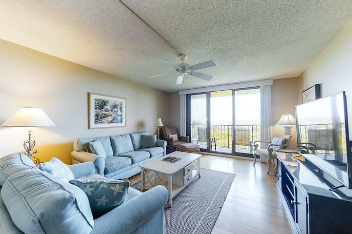 Oceanfront villa w/ ocean views, shared pool/hot tub & nearby beach access!