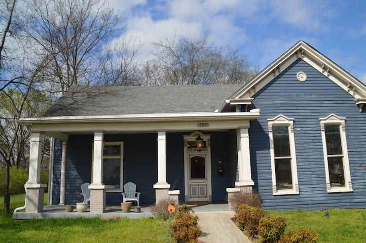 Award Winning Historic  East Nashville Bungalow - Nashville - Casa