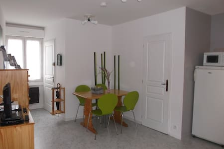 Studio 2 étoiles près de Royan - Saujon