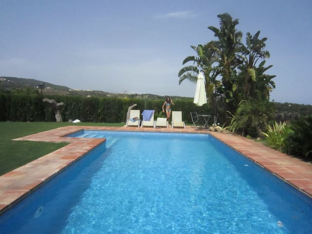 Golf & beach luxury House in exclusive Sotogrande