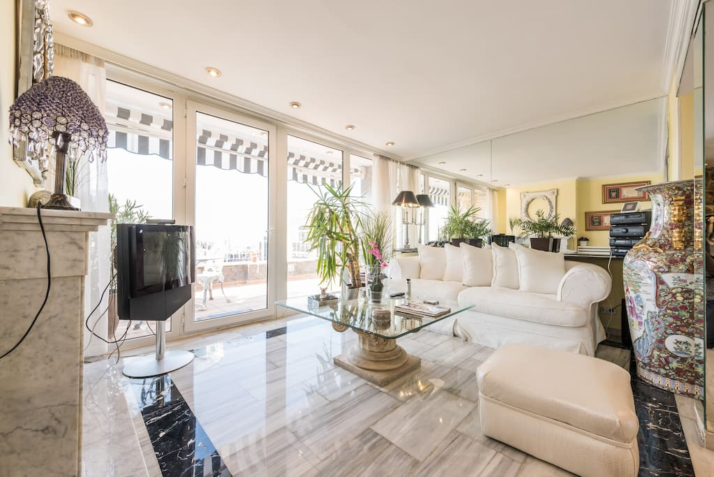 Luxury penthouse in madrid s sky maisons louer - The penthouse madrid ...