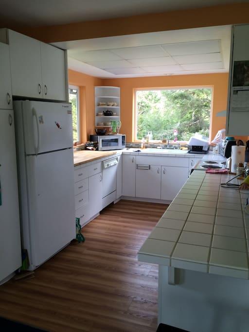 Roomy open kitchen
