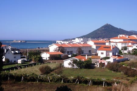 BEACH HOUSE 5 Min to SEA wifi - Dom