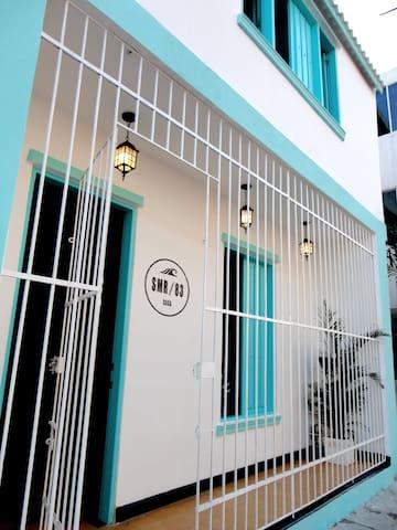 Colonial House, Room for 4 - Santa Marta (Distrito Turístico Cultural E Histórico) - Apartment
