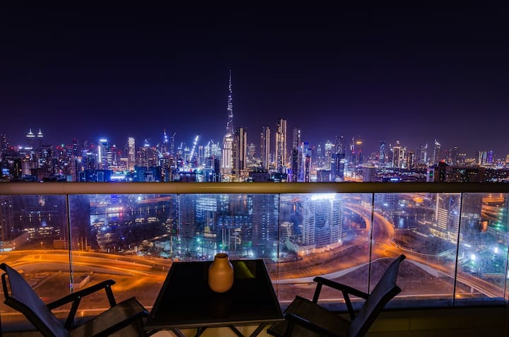 Skyline Apartment two Bedroom Burj Khalifa view