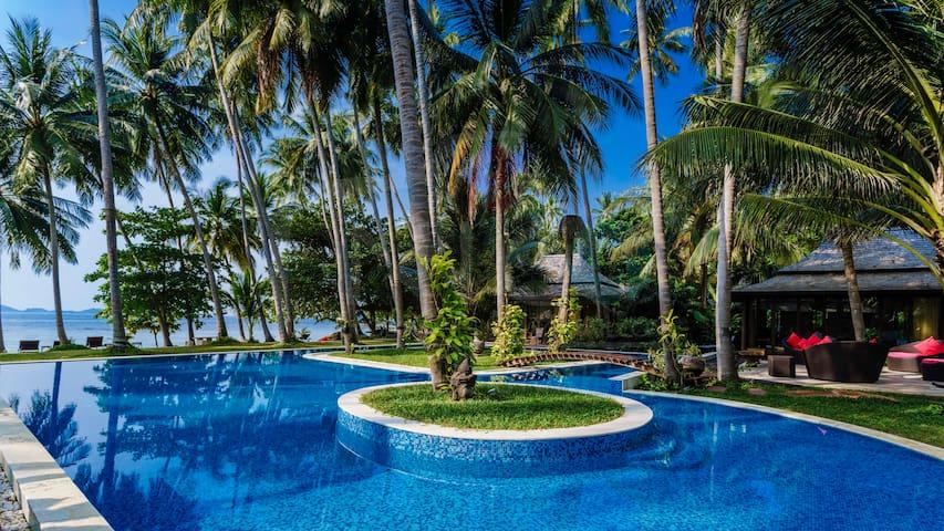 Famous absolute Beachfront Villa Kalyana Koh Samui