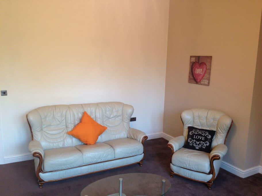 Large Comfortable Sitting Room