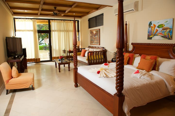 Villa Verano Luxury Beachfront Bedroom