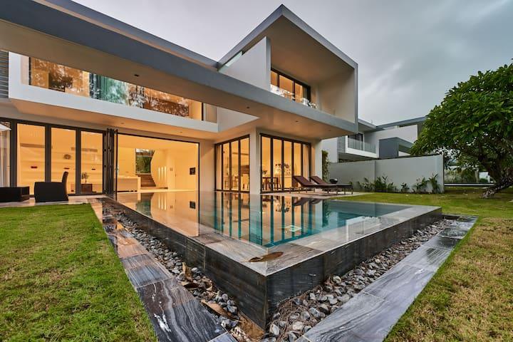 Amazing 3bedroom Pool Villa - 5* Golf Resort