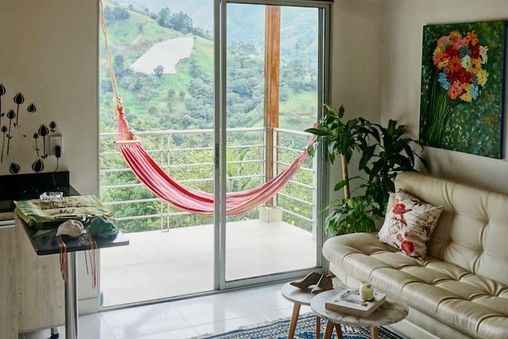 Salon y  terraza con vista panoramica