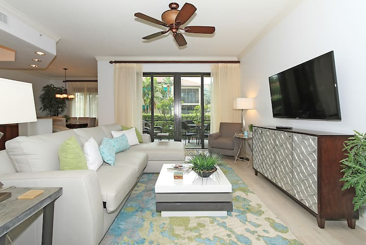 Remodeled Condo at Resort Near 5th Avenue & Beach