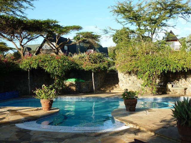 Lahai House with stunning views of the Rift Valley