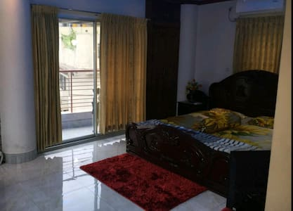 Private And safe place to live in Dhaka with min $