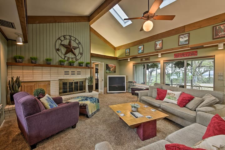 This home features vaulted ceilings in the living room.