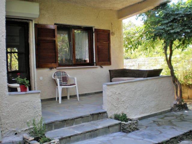 Giota's home