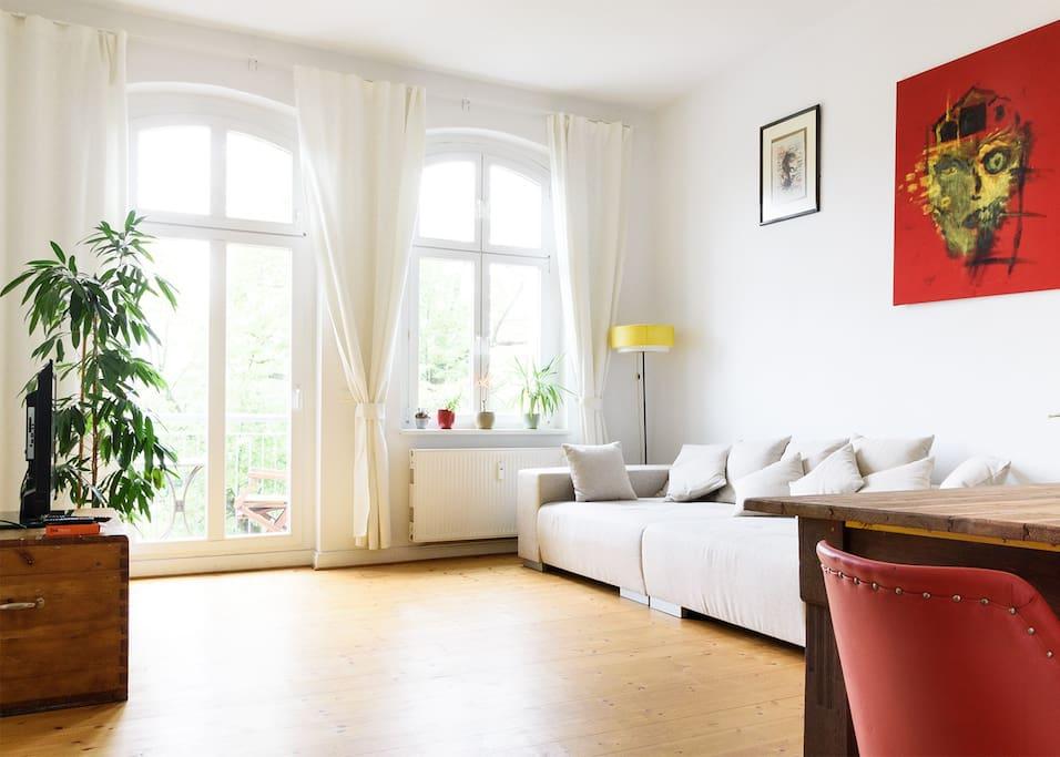 toller ausblick in prenzlauer berg wohnungen zur miete in berlin berlin deutschland. Black Bedroom Furniture Sets. Home Design Ideas