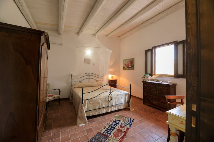 Double bedroom with air condition