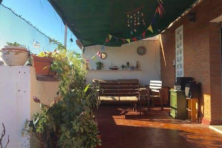 Habitación privada en ático con gran terraza - Huelva