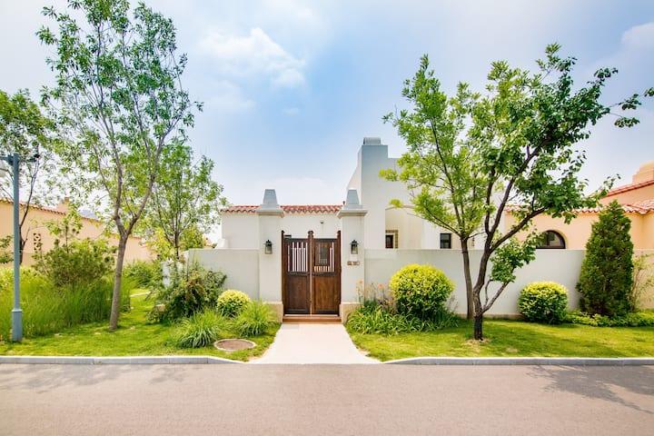 【灵感&幻觉】阿那亚亲子别墅,最美的海边最美的家,可以做饭/可以携带宠物入住/门前就是停车场