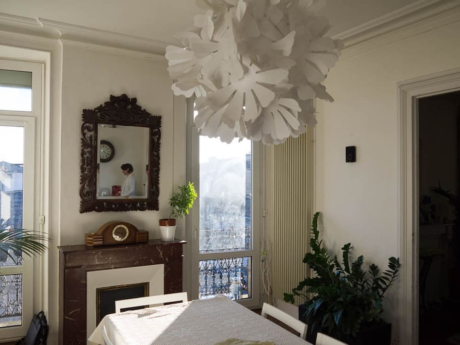 Chambre coeur chartrons appartements louer bordeaux for Location appartement bordeaux chartrons