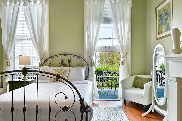 Balcony Suite in Marigny B&B - #7