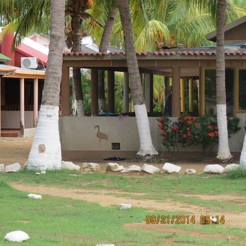 Villa Vacacional - Boca de Uchire - Ev