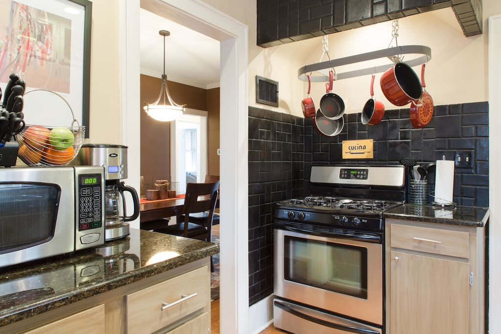 Granite Counters, Stainless Appliances, Gas Stove...full access kitchen.