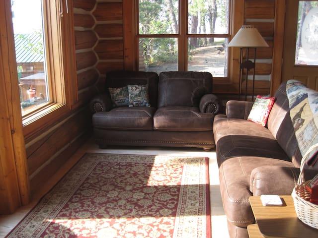Lower Cabin Sitting