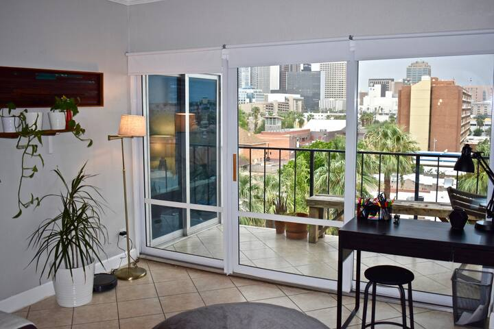Midcentury 6 floor Condo