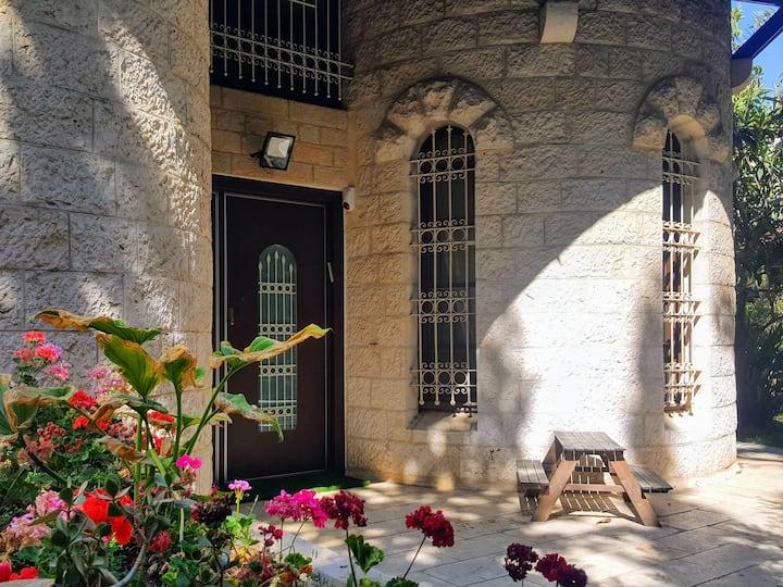 Kosher Mehadrin Shomer Shabbat Ramot Villa