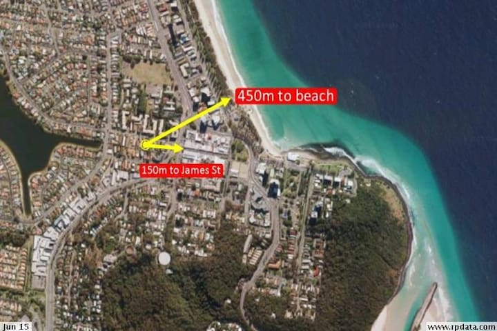 In the Heart of Burleigh - Burleigh Heads