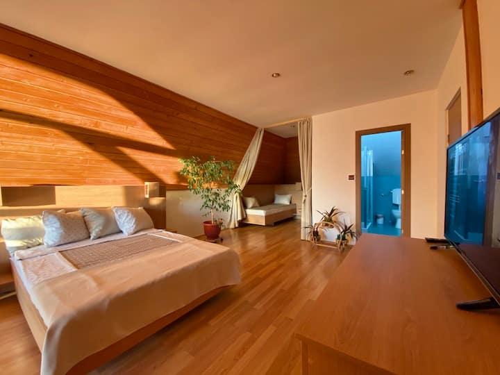 Atico - Three Bedroom Loft with Terrace & Parking