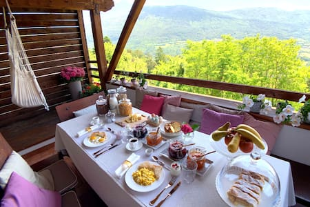 Suite in Chalet, Private Delicious Breakfast