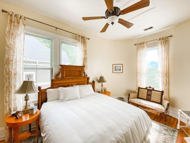Alpharetta Room Stanley House Inn Bnb